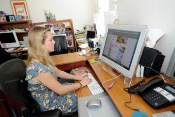 Juliette Brindak, jutawan muda, kaya, bekerja dari rumah
